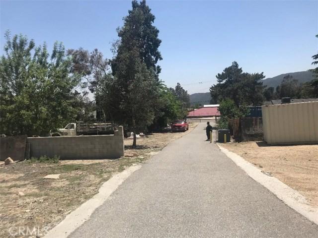 17994 W Kenwood Avenue, San Bernardino CA: http://media.crmls.org/medias/98e82820-bf1e-46dc-a807-99d52afe1e61.jpg