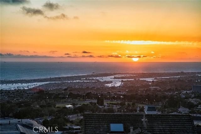 Photo of 15 Muir Beach Circle, Corona del Mar, CA 92625