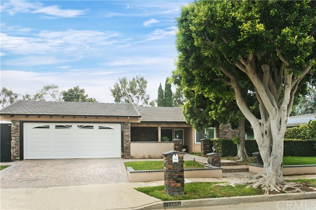Single Family Home for Sale at 2366 Bay Farm Place Newport Beach, California 92660 United States