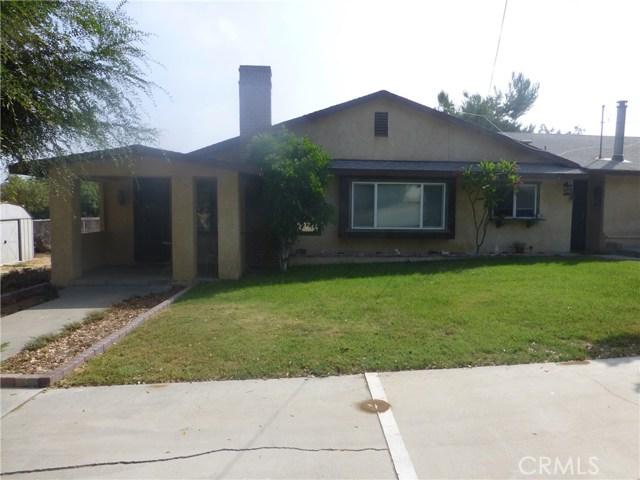 3481 Grant Street, Corona CA: http://media.crmls.org/medias/9904cb8f-1d80-4bf8-b427-298efd73b0fc.jpg