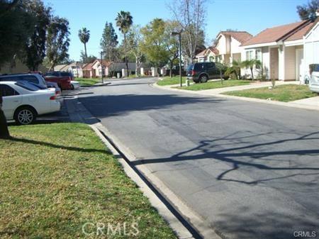 1847 Club Drive, Pomona CA: http://media.crmls.org/medias/9922413b-e2c3-47df-839b-2c5f7e635a3a.jpg