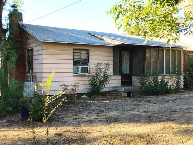 1267 Amethyst Avenue Mentone, CA 92359 is listed for sale as MLS Listing CV15242560
