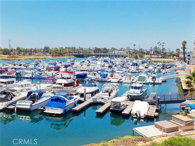 6203 Golden Sands Lane, Long Beach CA: http://media.crmls.org/medias/992c1617-41be-40f8-80fa-cdacaff2f9ee.jpg