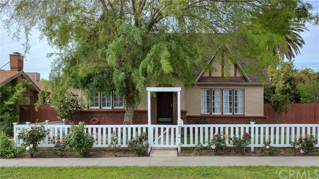 515 N Lomita Street Burbank, CA 91506 is listed for sale as MLS Listing BB17062098