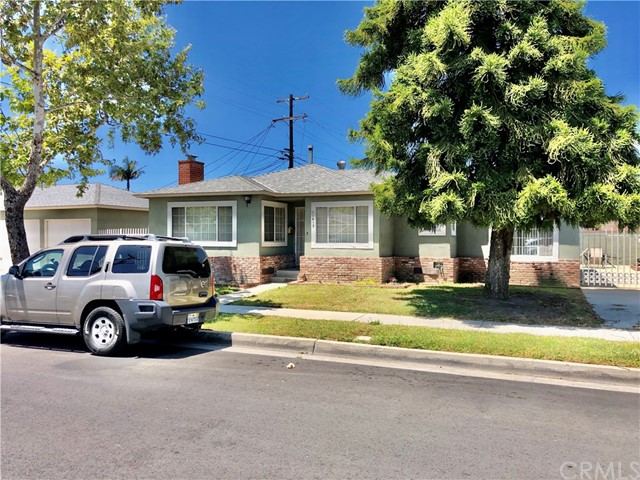 11613 Doty, Hawthorne, California 90250, ,Residential Income,For Sale,Doty,SB20195005