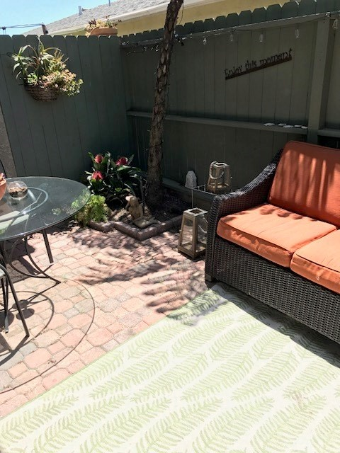 708 El Redondo Avenue Unit 5 Redondo Beach, CA 90277 - MLS #: SB18146234