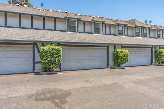 3076 W Cheryllyn Ln, Anaheim, CA 92804 Photo 26