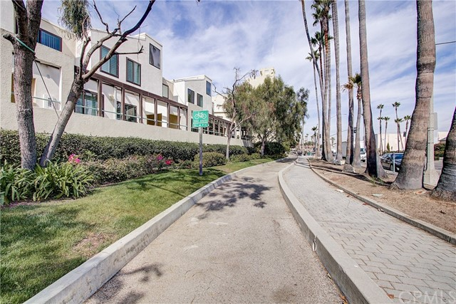 520 The Village 313, Redondo Beach, CA 90277 photo 40
