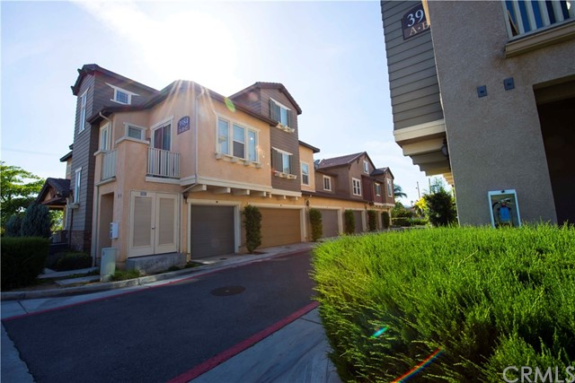 Townhouse for Rent at 3984 Polk Street Riverside, California 92505 United States