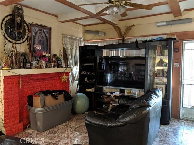 837 W 57th Street, Los Angeles CA: http://media.crmls.org/medias/995bca8c-5a4c-4905-936f-dfbf03da1c91.jpg