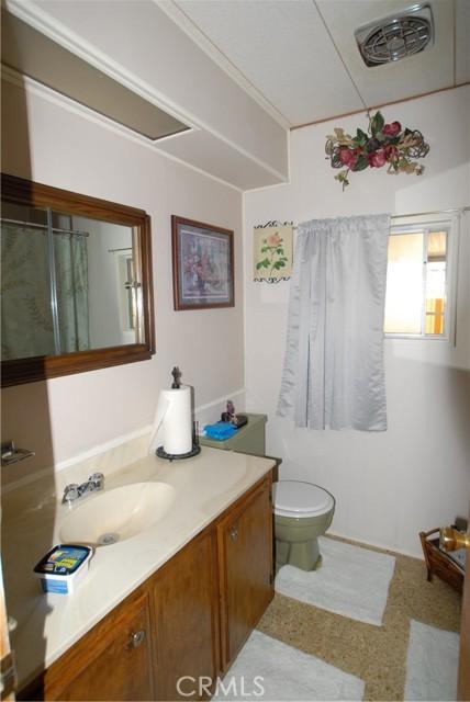 881 N. Lake Street, Sp. 220, Hemet CA: http://media.crmls.org/medias/99621526-85fd-4fda-a495-ec7a3d16fb3f.jpg