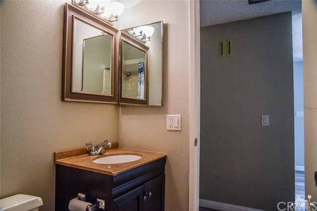 1729 Grand Bahama Drive, Palm Springs CA: http://media.crmls.org/medias/9965abc5-ec67-4f9c-86d9-b3a34a1863c9.jpg