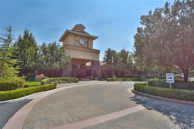 11457 Mint Street, Apple Valley CA: http://media.crmls.org/medias/9965af9f-9514-4df7-a12d-42f6ce13cd19.jpg