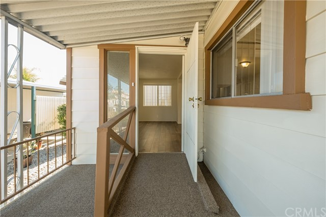 29055 VIA ZAPATA, MURRIETA, CA 92563  Photo 4