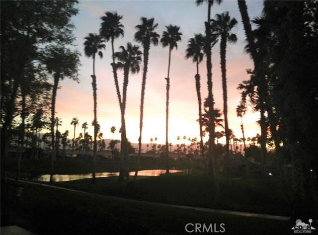 76775 Daffodil Drive, Palm Desert CA: http://media.crmls.org/medias/9968135d-4c45-45f9-84cc-a4befffb2968.jpg