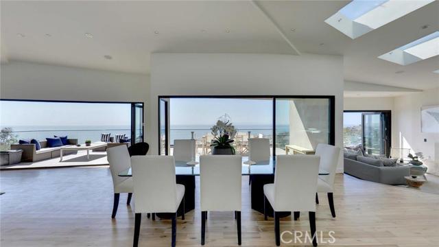 Single Family Home for Sale at 1284 Anacapa St Laguna Beach, California 92651 United States