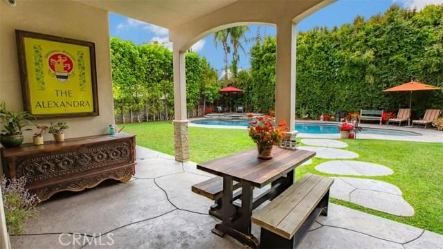 4861 Haskell Avenue, Encino CA: http://media.crmls.org/medias/9970190c-e1a6-4d5c-a2a1-ae3e4f3e9b71.jpg
