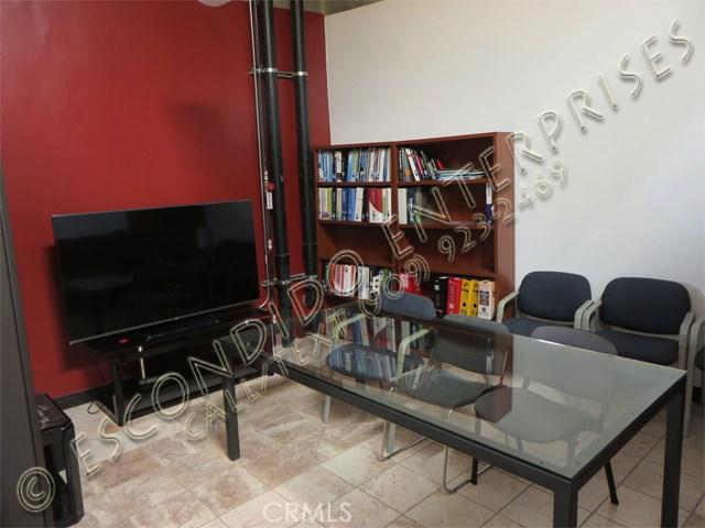 7010 Arlington Avenue Unit 205 Riverside, CA 92503 - MLS #: IV18104400