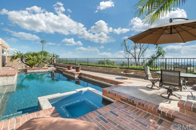 27282 Ventosa Mission Viejo, CA 92691 is listed for sale as MLS Listing OC17070285