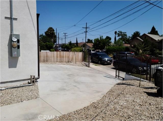1635 E 33rd Street, Los Angeles CA: http://media.crmls.org/medias/9981e8fb-1571-4db9-ba5d-66ec422c19a5.jpg