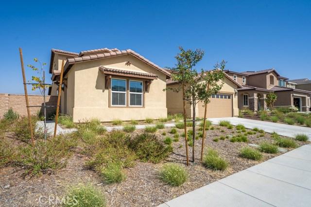 34936 Roberts Place, Beaumont CA: http://media.crmls.org/medias/99895971-3d13-4c3b-8642-de0421245c7b.jpg