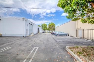16727 Parkside Avenue, Los Angeles, California 90703, ,Warehouse,For sale,Parkside,PW20263390