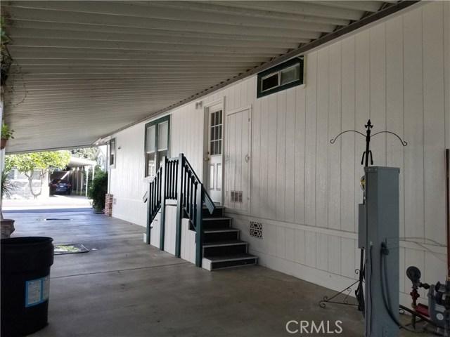 3050 W Ball Road, Anaheim CA: http://media.crmls.org/medias/998ca358-155f-4440-9990-4177673fe364.jpg