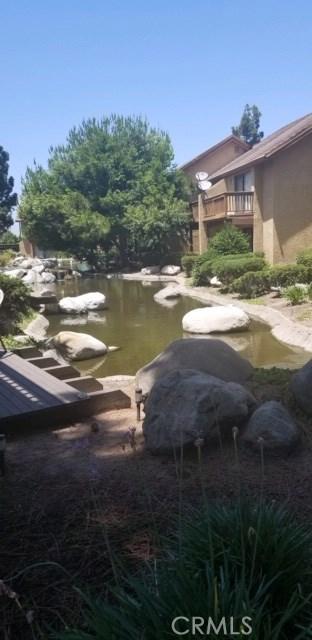 167 Tangelo, Irvine CA: http://media.crmls.org/medias/9995f58e-d8d7-4aac-8182-7a4b76e7defd.jpg