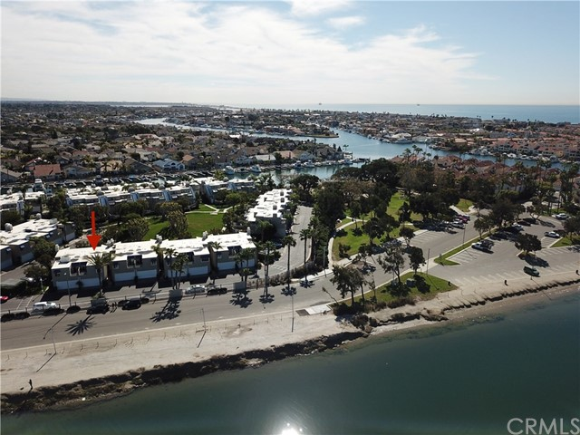 3262 Sparkler Drive, Huntington Beach CA: http://media.crmls.org/medias/999943aa-27de-4589-986d-58c9aff98299.jpg