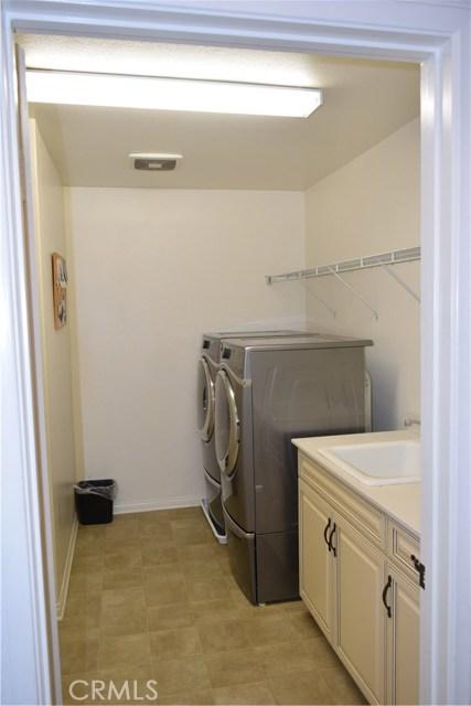 30439 Mahogany Street, Murrieta CA: http://media.crmls.org/medias/9999997c-9113-45eb-a947-67f601de1ab6.jpg