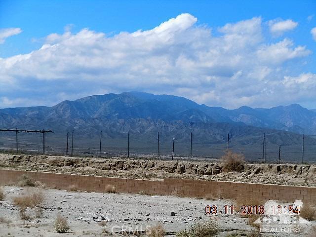 0 Bald Eagle Lane, Desert Hot Springs CA: http://media.crmls.org/medias/999eb570-3178-474a-ba30-435a5fde6af1.jpg