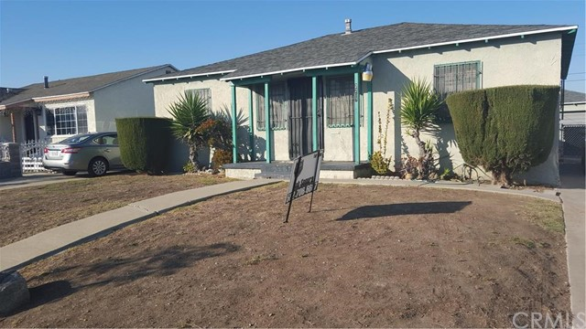 2207 West 154th Street Compton CA  90220