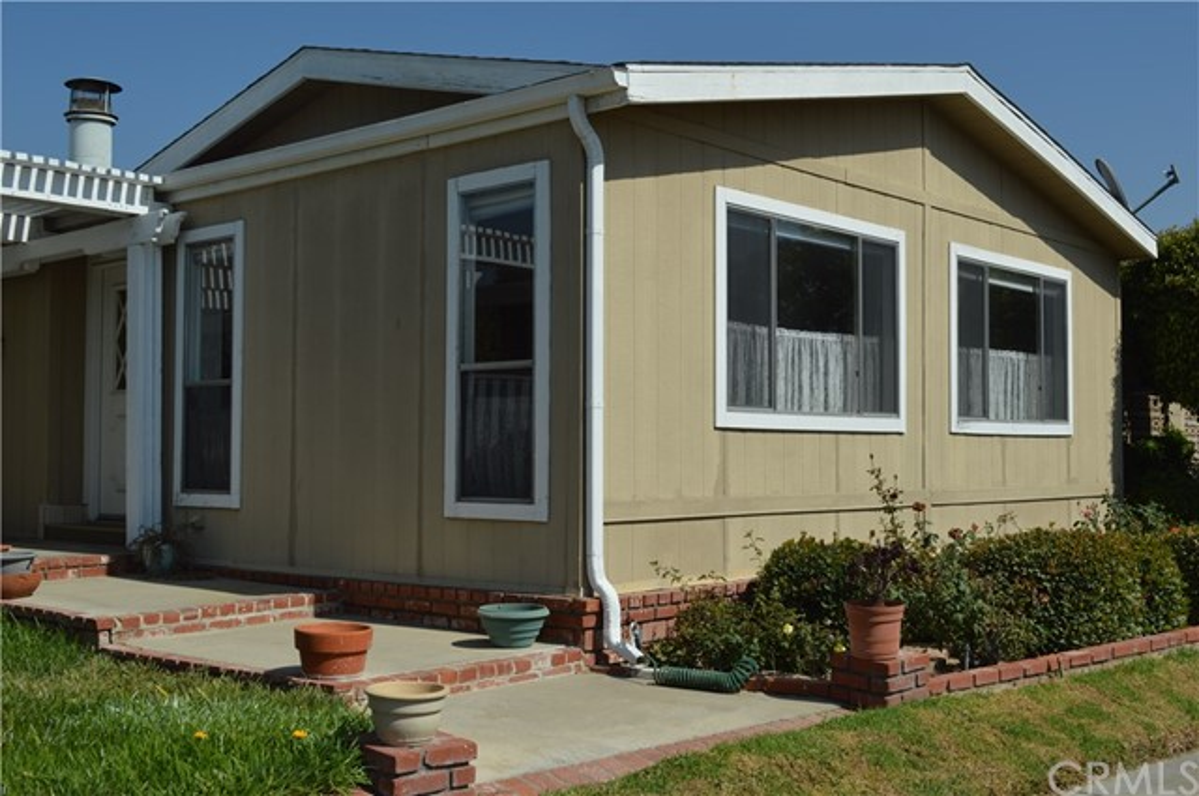 1256 Harbor Lake Avenue, Brea CA: http://media.crmls.org/medias/99a7ffe4-d965-4e21-b1e9-b70de65b205b.jpg