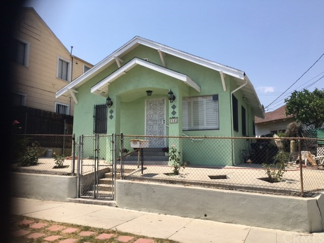 1545 Michigan Avenue Los Angeles, CA 90033 is listed for sale as MLS Listing TR17165397