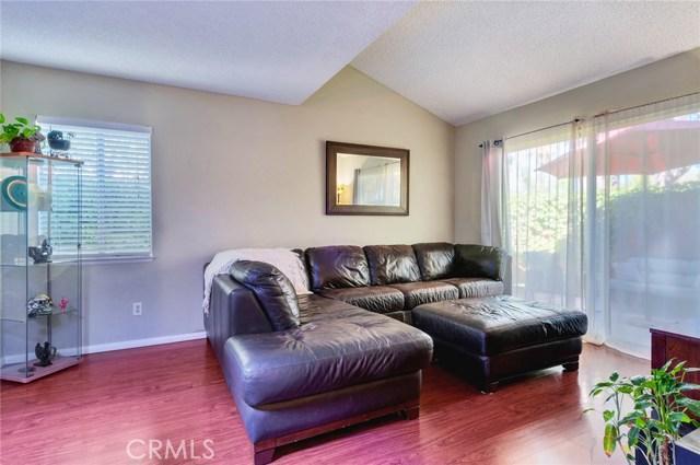 951 Inn Keeper Lane, Corona CA: http://media.crmls.org/medias/99bd083e-eb14-40ff-a463-191a5fcec6cf.jpg