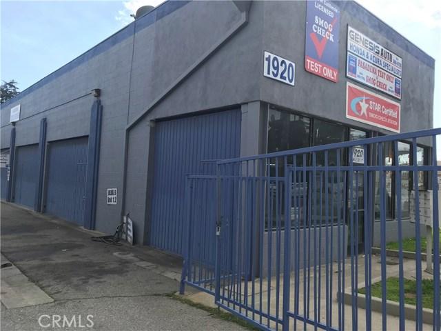 1920 E Walnut Street, Pasadena CA: http://media.crmls.org/medias/99c65b95-e122-4ecb-a2dc-21c3d801157c.jpg
