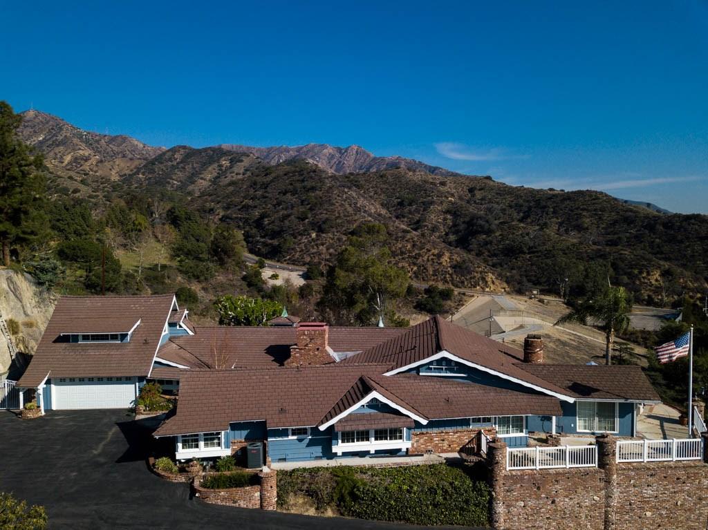 Casa Unifamiliar por un Venta en 1151 E Walnut Avenue Burbank, California 91501 Estados Unidos