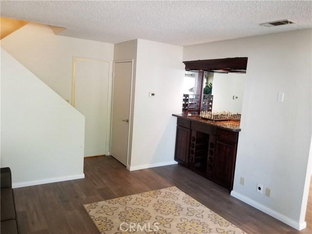 13075 Hubbard Street, Sylmar CA: http://media.crmls.org/medias/99d42cca-cf7f-401f-84da-27a09d0329fe.jpg