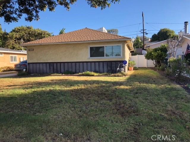 3322 Dalemead Street, Torrance CA: http://media.crmls.org/medias/99d7da67-40d1-4aef-8bd0-93a2f6efa9f0.jpg