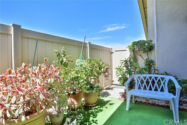 8777 Tulare Drive Unit 409E Huntington Beach, CA 92646 - MLS #: OC18164803