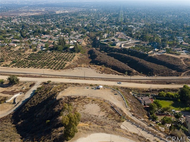 19 E 26th Street, Upland CA: http://media.crmls.org/medias/99deb5bd-1d21-4bf8-9f31-d4a06a69d424.jpg