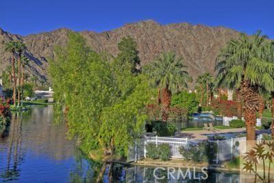 54673 Tanglewood, La Quinta CA: http://media.crmls.org/medias/9a00559b-4d1e-49ce-8763-e7208deda1f1.jpg