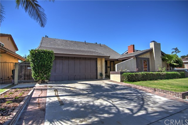 Single Family Home for Rent at 11134 Blue Allium Avenue Fountain Valley, California 92708 United States