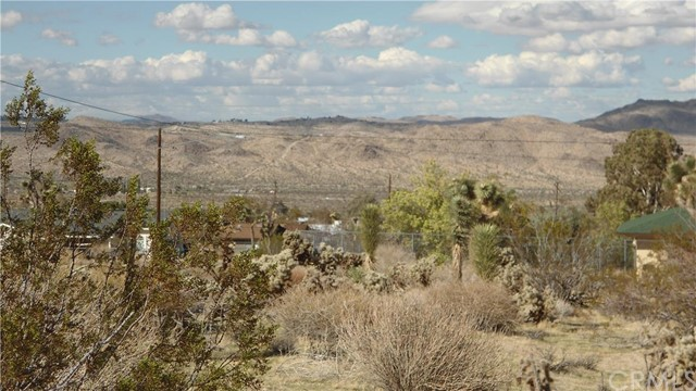 0 Pueblo Trail, Joshua Tree CA: http://media.crmls.org/medias/9a08dc66-230a-4b08-aa64-e8087cfc8375.jpg