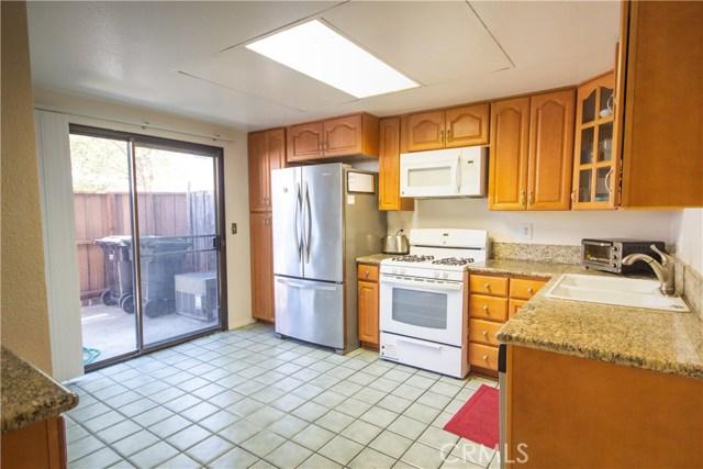 10077 Hidden Village Road, Garden Grove CA: http://media.crmls.org/medias/9a1fa6d6-d4ca-4e08-9b88-c0b8166de248.jpg
