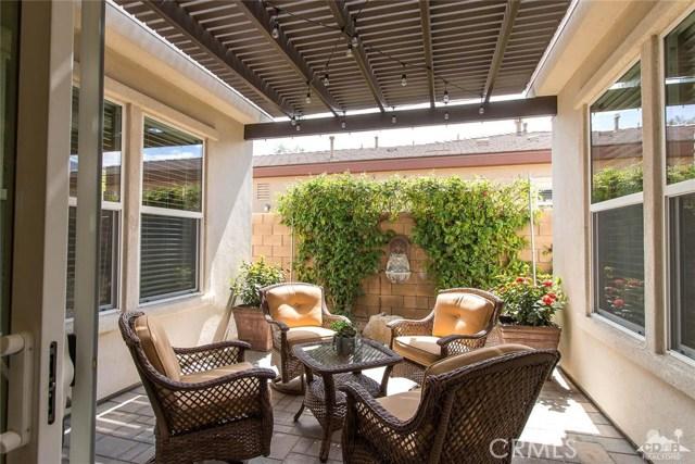 61445 Living Stone Drive, La Quinta CA: http://media.crmls.org/medias/9a21c1ac-e3f9-421e-86c6-b1c043ba5a22.jpg