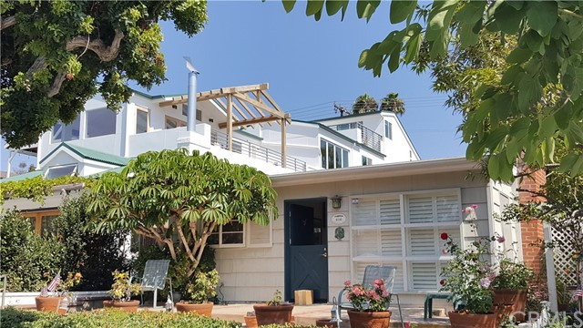 616 Poinsettia Avenue, Corona Del Mar CA 92625