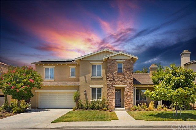 Photo of 32480 Quiet Trail Drive, Winchester, CA 92596