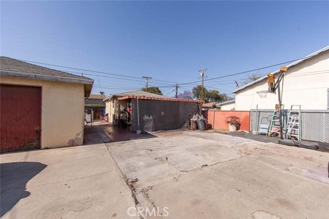 4211 Abbott Road, Lynwood CA: http://media.crmls.org/medias/9a2a2f37-d4c8-4e01-b8a4-106408dc1645.jpg