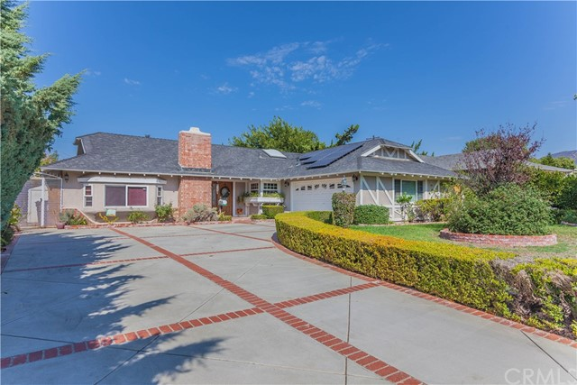 1031 Lake Forest Drive, Claremont, CA 91711